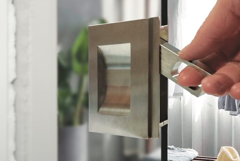 BGE Frameless Glass Sliding Door Pull