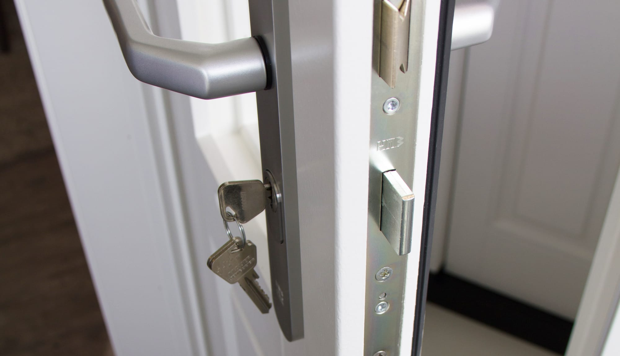 Architectural Accessories, Invisible Handles, Pivot Hinge